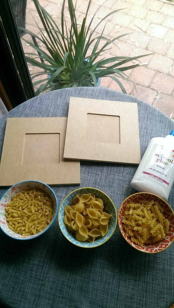 DIY Pasta craft ideas