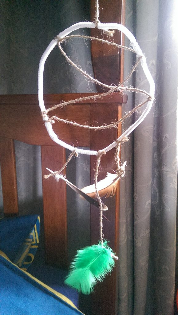 DIY Dream catcher - kids entertainment
